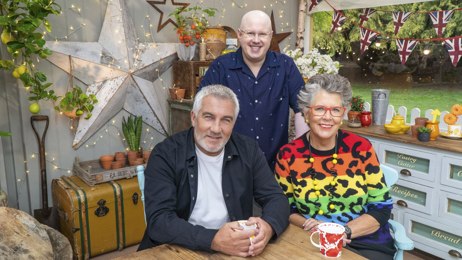 Christmas Bake Off 2021 Great British Bake Off Celebrity 2021 Line Up Of Contestants Results And How To Watch Online Reality Tv Celebrity Land International